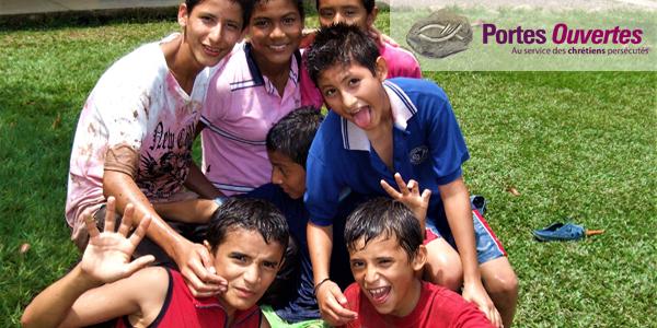 Colombie: aidez 12 enfants