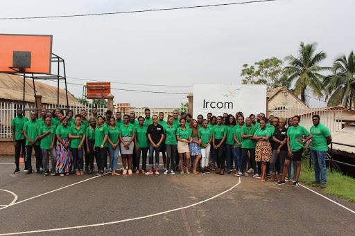 Donnons aux étudiants camerounais les moyens de prendre en main leur pays